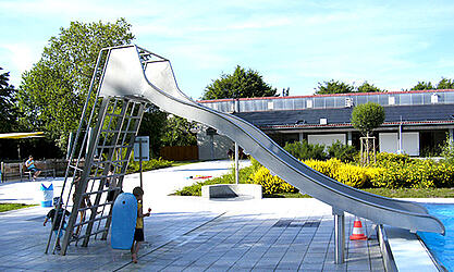 Tumble wave slide for kids